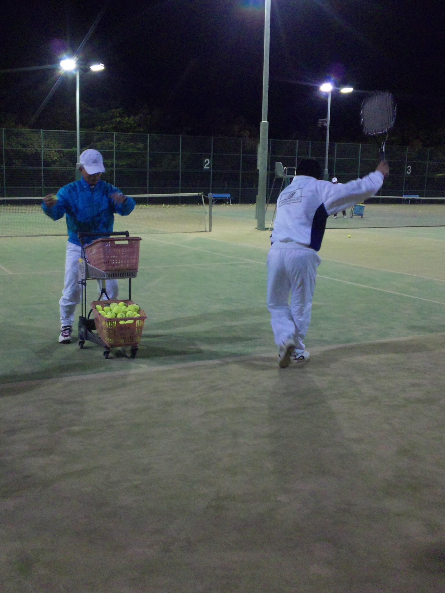 テニス教室楽しいな[E:sign01]