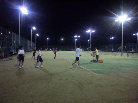 賑やかなテニス教室