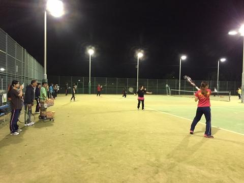 テニス教室は毎週大盛況です!
